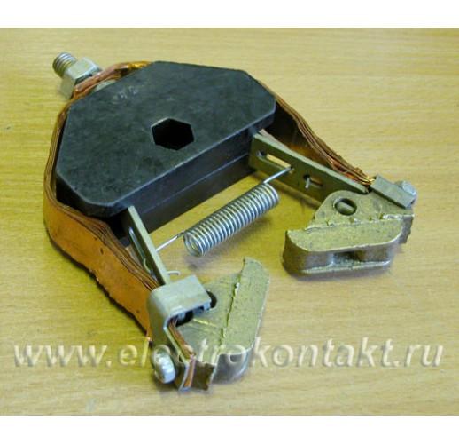 Щеткодержатель для кольцевого токоприемника на кра...